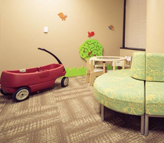 Elite-facility-lobby-right2.jpg