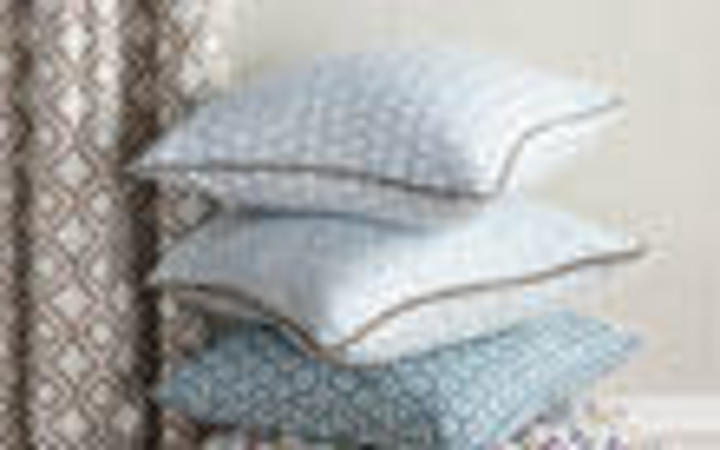 Bedding & Pillows 7